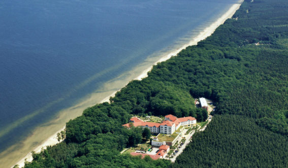 Luftaufnahme des Reha-Zentrum Ückeritz - Klinik Ostseeblick
