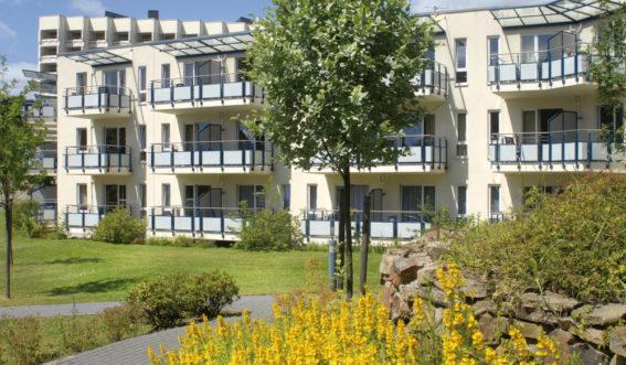 Gartenansicht Rehaklinik Bergisch-Land